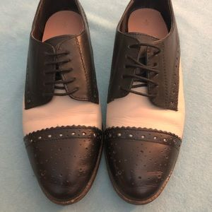London Oxford Size 7 from NEXT NWOT